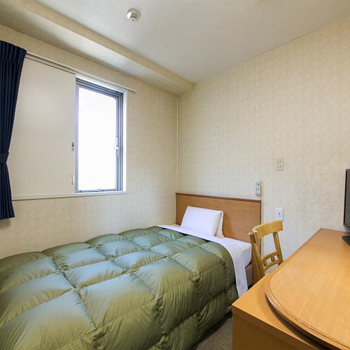 シングルスタンダード☆120cm幅ベッドでゆっくりお休みください。カーテン・扉で日差し調節が可能です