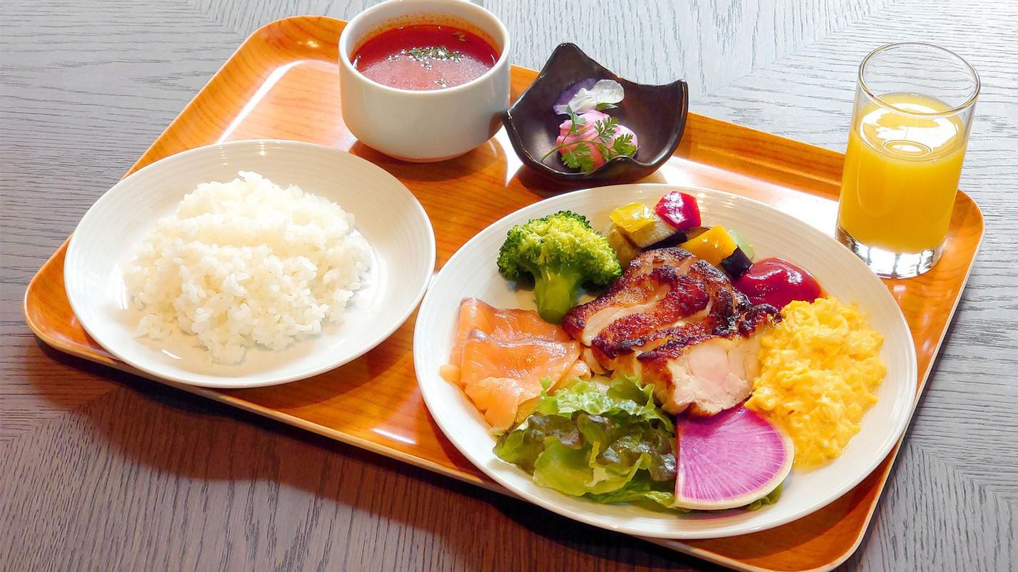 【朝食】<洋食>お客様のお好みに合わせて選べる和洋プレートをご用意しております。