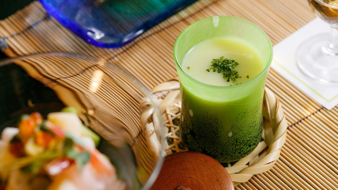 【夏旅★川床月涼の膳】当館自慢☆信州和牛オリジナルスープ煮をメインに涼風な献立となります。