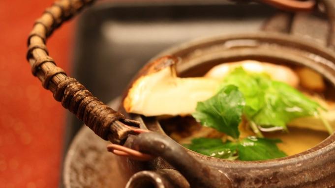 【秋の豪華グルメプラン】霜降り馬刺しも松茸も!当館名物特製牛鍋とお愉しみください
