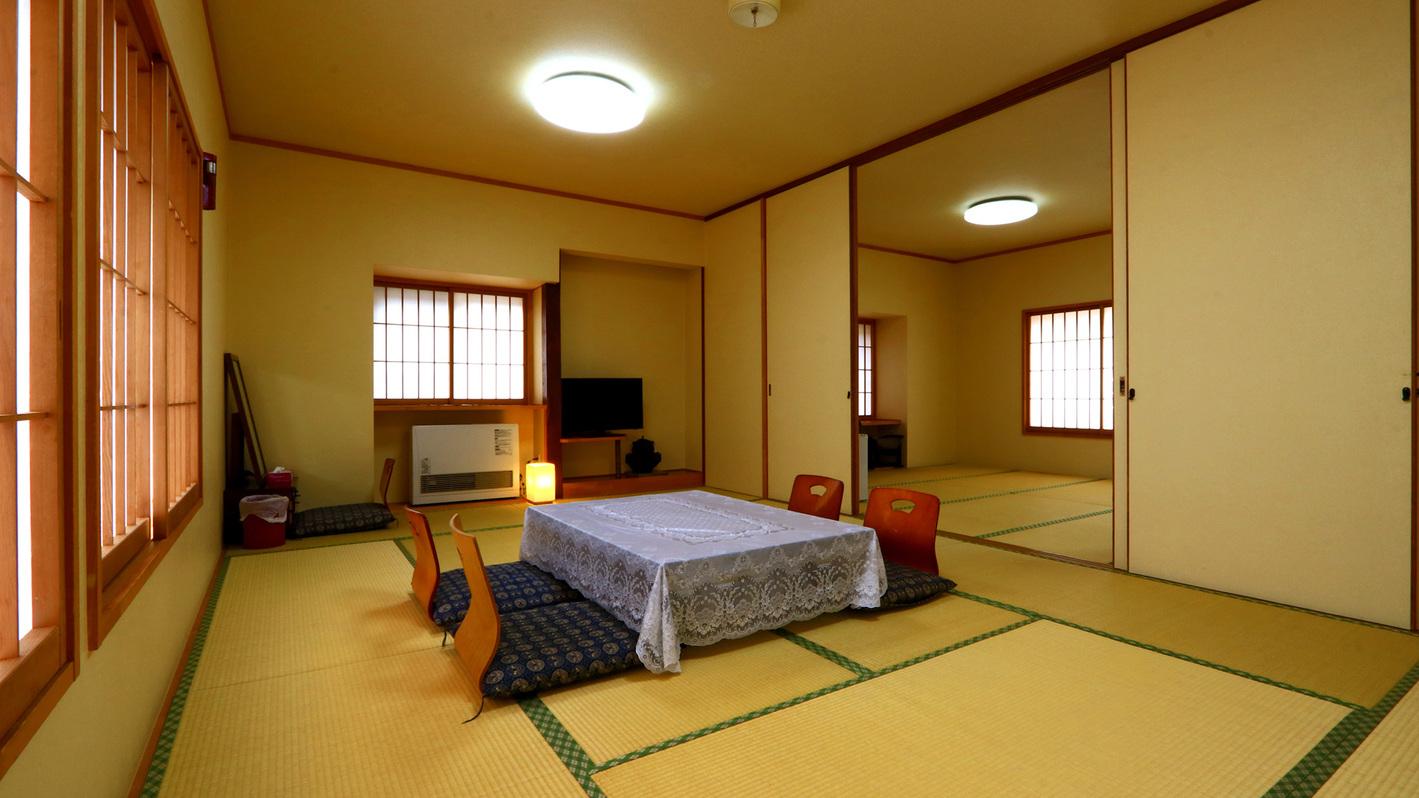 グループでの利用にピッタリ!和室22畳のお部屋です。