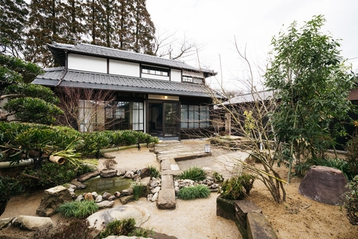 【一棟貸切】飫肥城近くの古民家別荘 庭付き