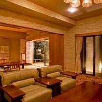 露天風呂付◆貴賓室 曲水亭-桐壷-◆リビングにはマッサージチェアを1台ご用意しております。