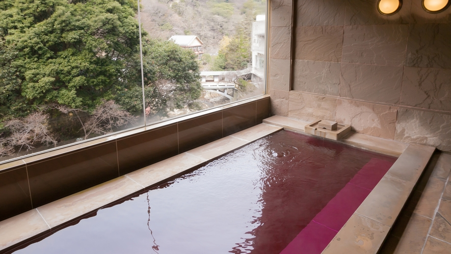 貸切テーマ風呂【ワイン】◆ワインの香りが特徴の、砂岩石を用いたお風呂です。※1回40分2,200円