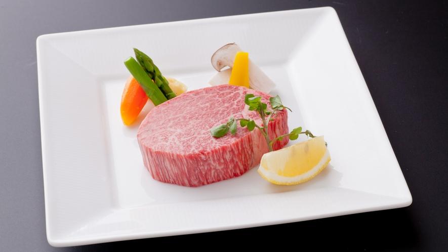 満月会席◆メイン料理選択その1:神戸BEEFヘレステーキ