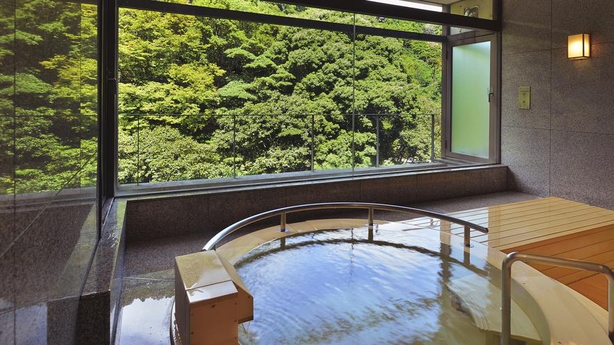 貸切テーマ風呂【檜】◆木の香りと温もりを感じる、人気のお風呂です。※1回40分2,200円