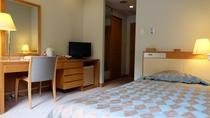 洋室シングルルーム(11.2㎡)◆お部屋からの眺望はありませんが、一人旅に人気のお部屋です。
