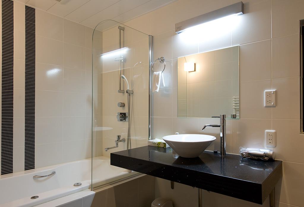 バスルーム (一例、セスクB)
