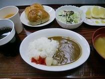 朝食(カレー)