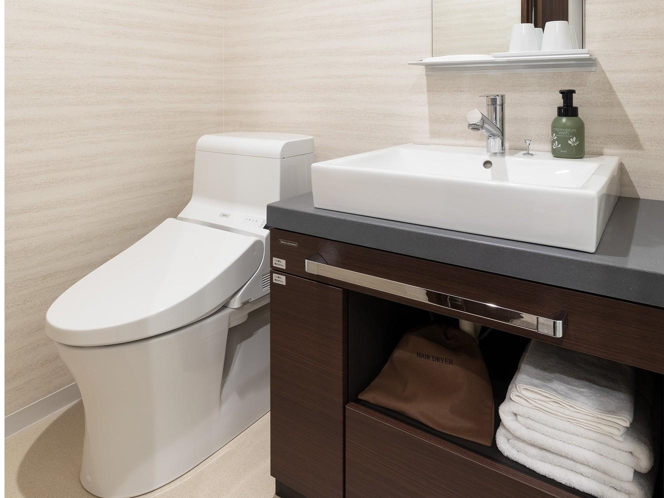 ツインルームはセパレートタイプのバストイレ