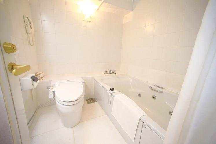 「ガーデンシアタースイート」バスルーム