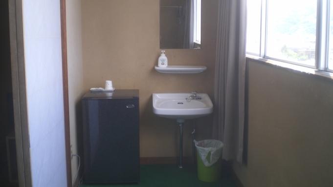 気軽に素泊まりプラン  バストイレ共用 和室
