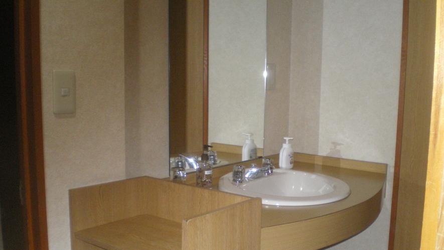 トイレ付和室