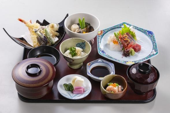 四季の彩スタンダードプランホテル金沢で庄屋御膳を堪能(1泊2食付き)