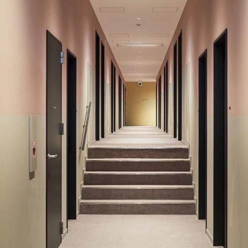 1階客室廊下