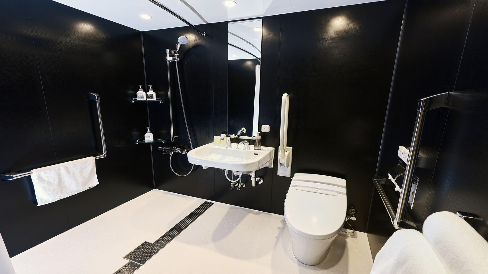 ユニバーサルタブルルームバスルーム