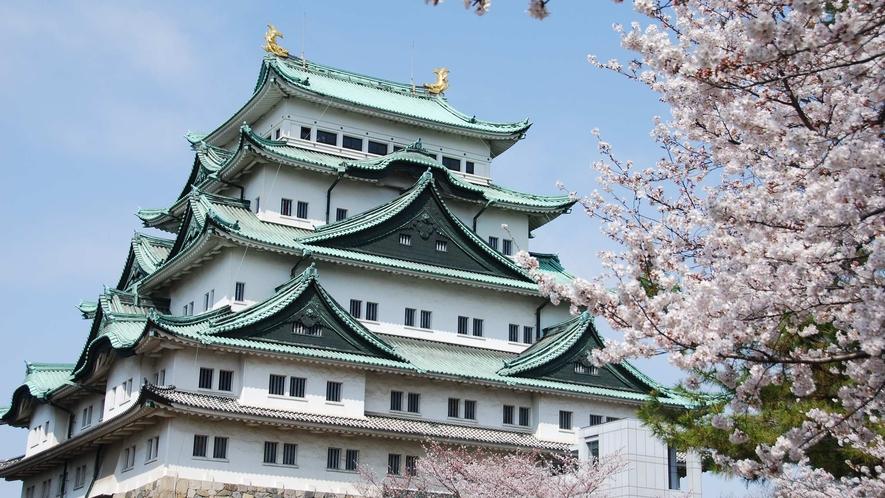 名古屋城(春)