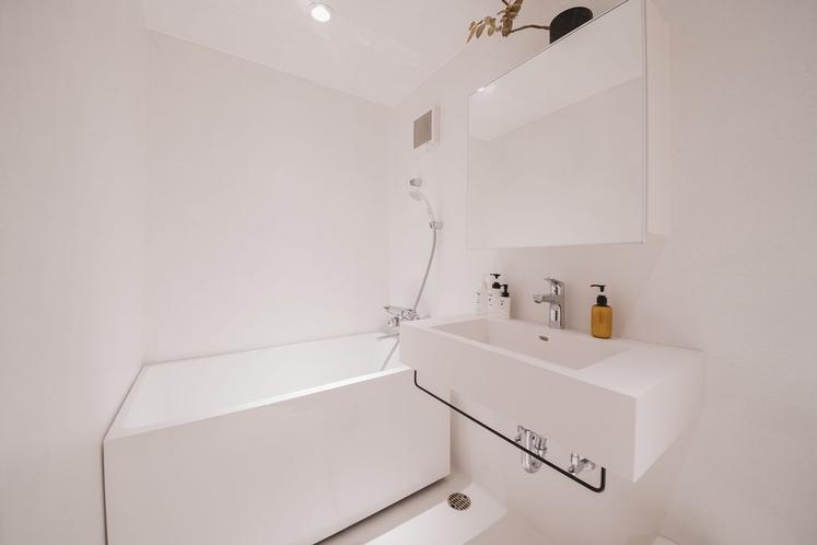 【ROOM1_1階】バスルーム
