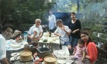 ご家族や仲間と野外で楽しくBBQ料理