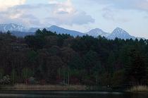 蓼科湖と八ヶ岳