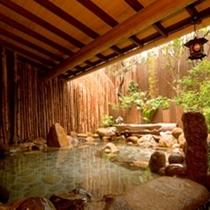 お風呂◆露天風呂は岩造り