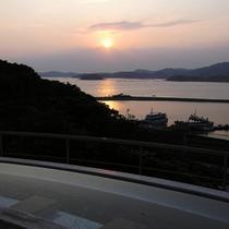 露天風呂からの夕日
