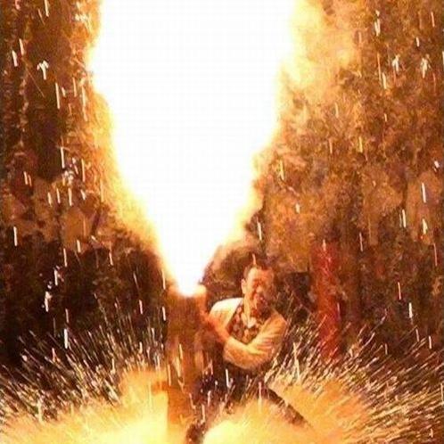 東三河発祥の手筒花火は当館で観賞可能です