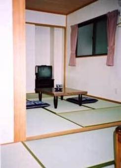 ◆素泊まりプラン◆和室12畳【バス・トイレ共同】