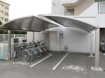 駐輪場 (大型バイクも駐車可)