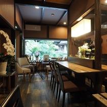 ■【CAFE&RESTAURANT DHARMA】湯めぐりの合間にお休みください