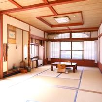 ■【和室18畳】広々としたお部屋。5名以上でご利用いただけます。