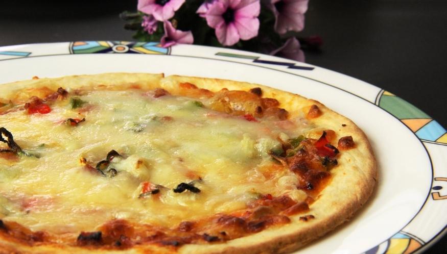 イタリアン夕食♪本格ピザをお試し下さい