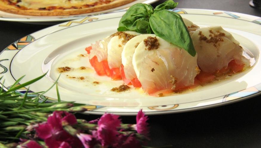 イタリアン夕食♪サーモンのカルパッチョ