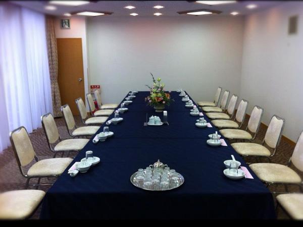 会議室『室町』                    Meeting RoomMUROMACHI
