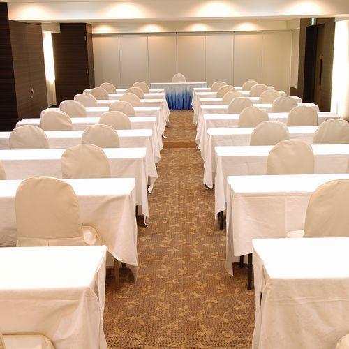 会議室【スクール形式】