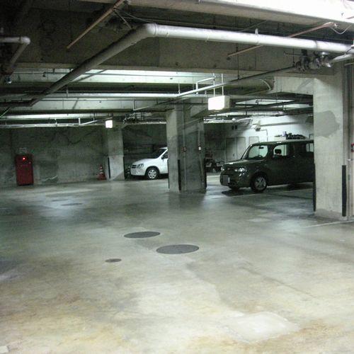 駐車場【ホテル地下】
