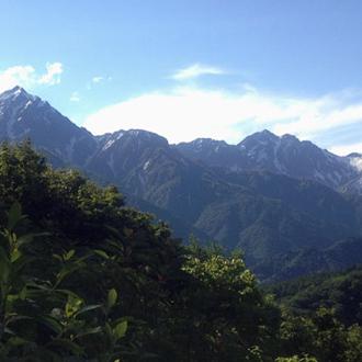 ◇小熊山より望む北アルプス