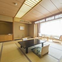 花館の客室一例・西に岩木山、東に八甲田連峰を見渡せます