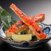 【別注料理・焼きタラバガニ】みんな大好きタラバガニを香ばしく焼いて!