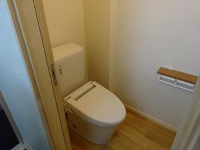 4畳半タイプトイレ