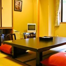 【客室】心地よい落ち着きのある和室10畳 ※一例