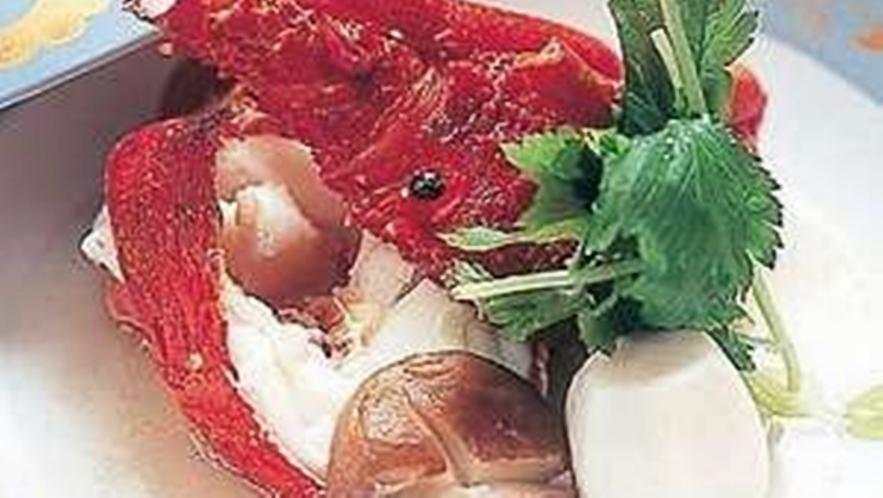 *伊勢海老のうまさしっかり味わう「伊勢海老の具足煮」このうまさをご堪能ください