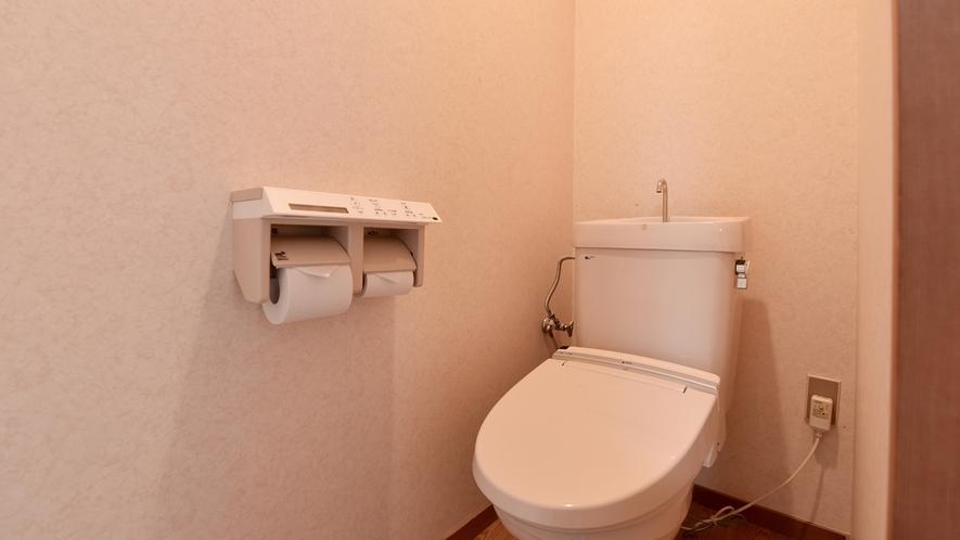 【*和室(バス付)】お部屋のトイレは全室リニューアル済み。