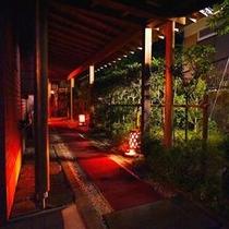◆貸切露天への渡り廊下