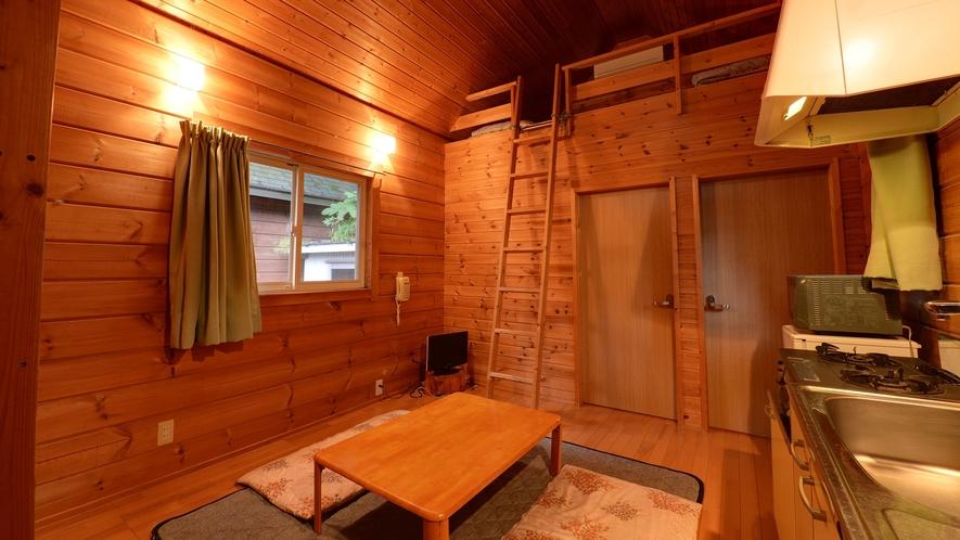 *【ログハウス/N】ロフトが2つついたタイプのお部屋です。