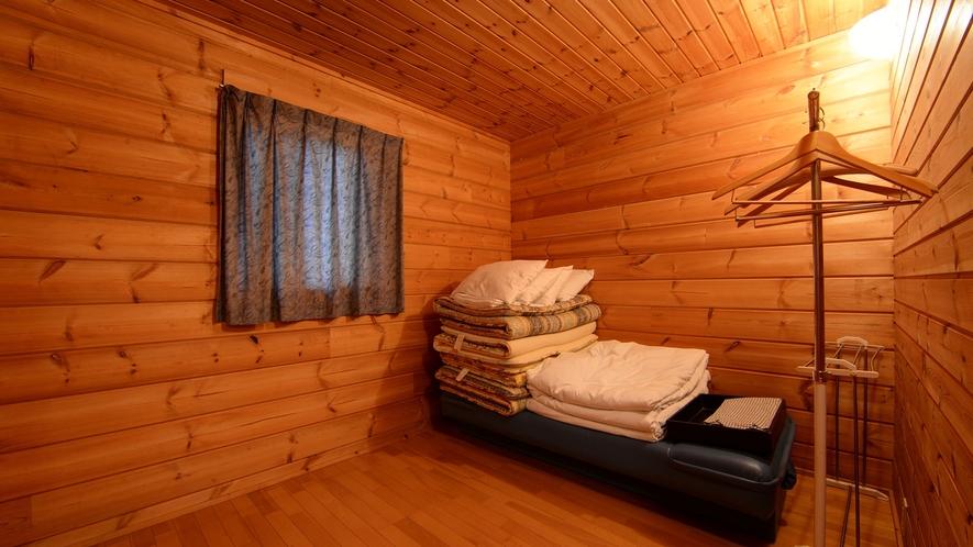 *【ログハウス/S】木の香りが漂う室内はリラックスできます。