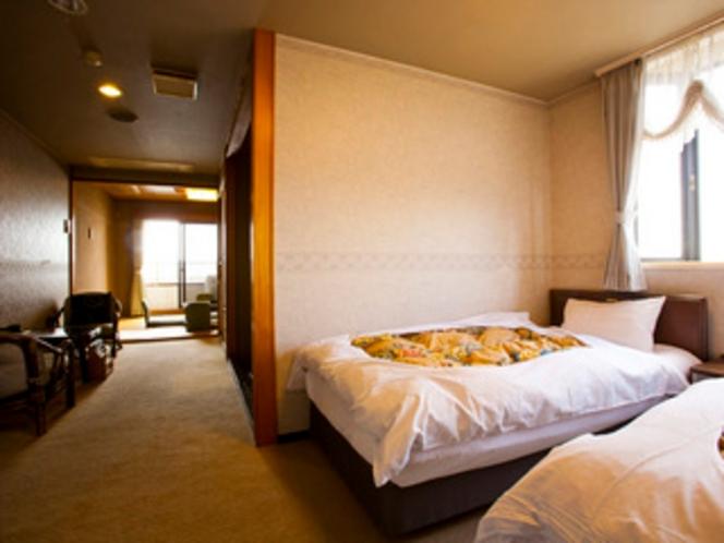 スタンダード和洋室(4~8階、6畳+ツイン)- 全室海側