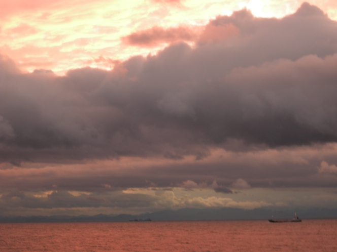 広大な海景色と潮風のやさしいマイナスイオンに癒される