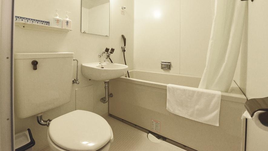 *メゾネットA(客室一例)/ユニットバスも完備いたしております。