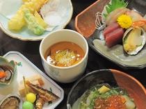 【ご夕食の一例】あわび入りの茶碗蒸し